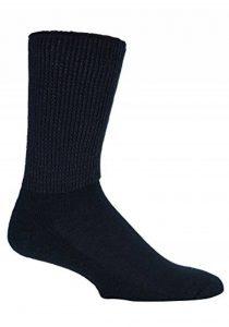 IOMI - 3 paires chaussettes diabetique confortables sans élastique en noir et blanc en 4 tailles de la marque IOMI image 0 produit